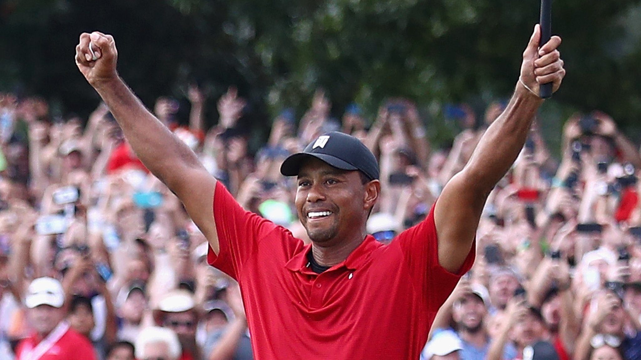 Woods wins for first time in five years as Rose secures FedEx Cup