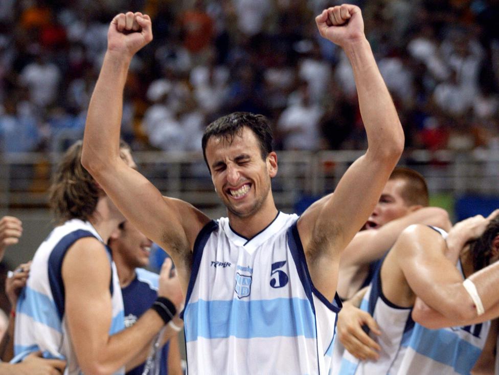 Argentina aseguró una medalla al vencer a Estados Unidos en las semifinales de Atenas 2004.