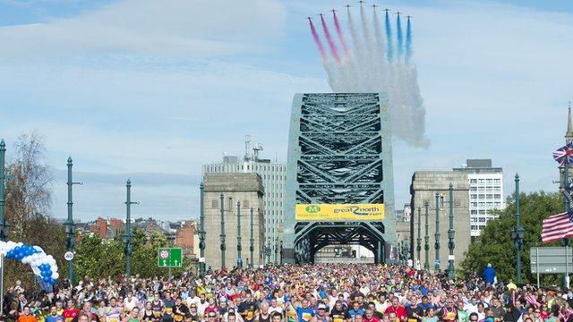 Runners over the Tyne Bridge
