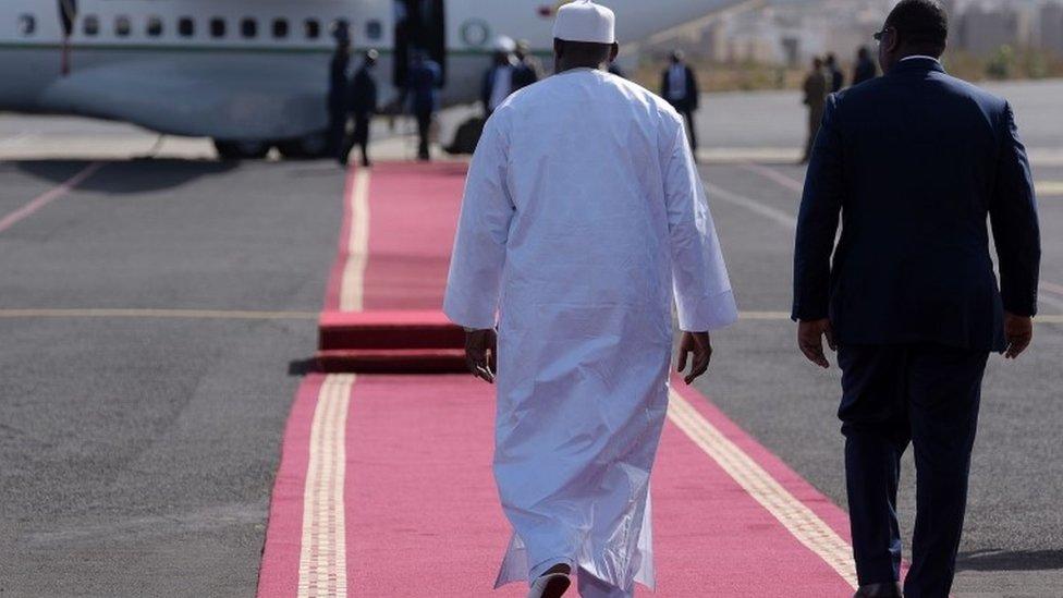 Adama Barrow (l) and Macky Sall