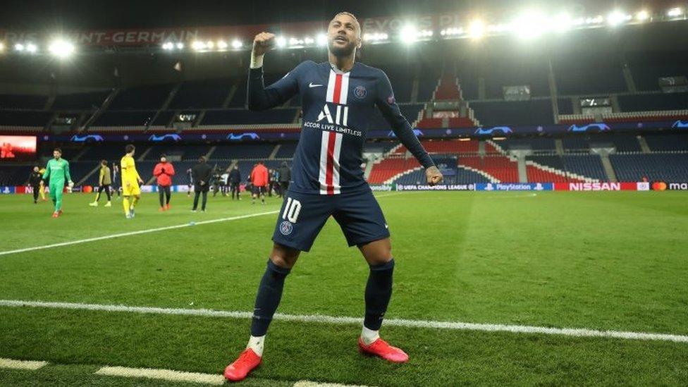 Neymar celebra el triunfo del Paris Saint-Germain