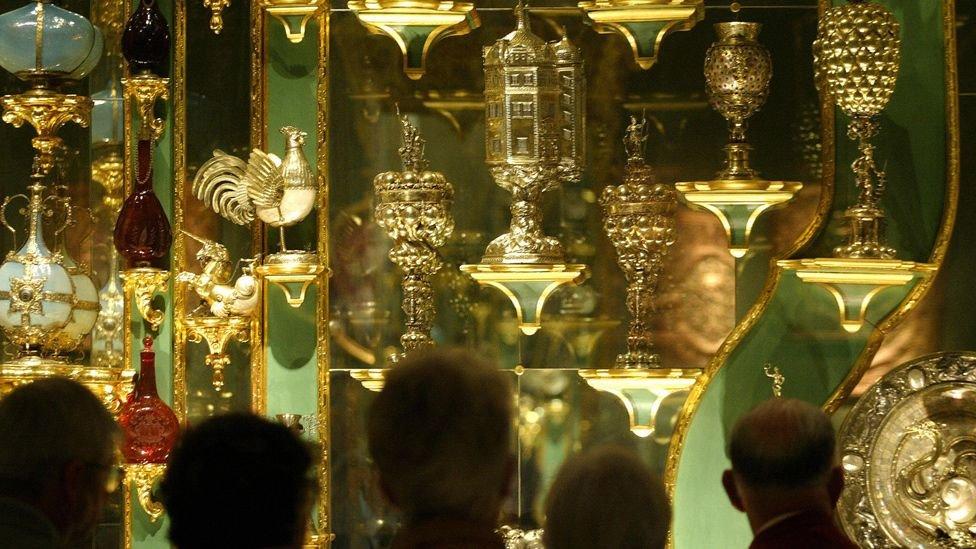 يضم المتحف مجموعة كنوز مشهورة عالميا