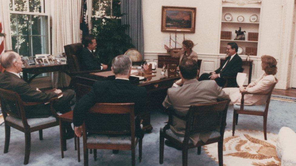 Jonna Mendez en la Oficina Oval, en la Casa Blanca.