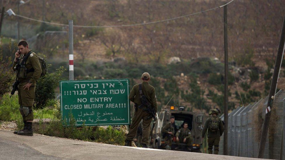 الجيش الإسرائيلي يقول إنه شرع في العملية داخل إسرائيل