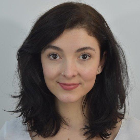 Lara Rowlands