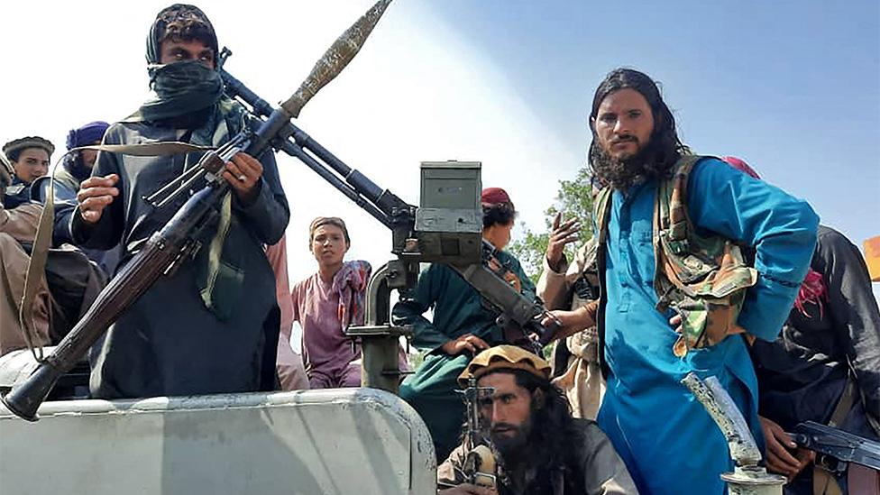 Combatientes talibanes en la provincia de Laghman.