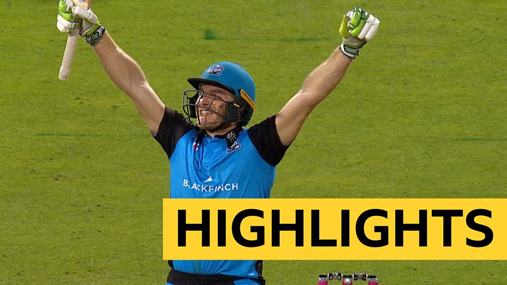 T20 Blast final: Ben Cox leads Worcestershire Rapids to victory over Sussex Sharks