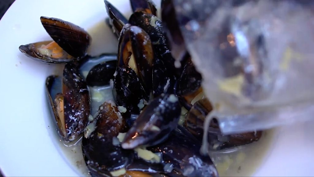 Plastic and cotton found in UK's wild mussels