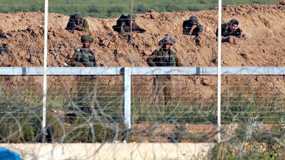 Las unidades del ejército de Israel suelen contar con al menos dos miembros especialmente entrenados como francotiradores.