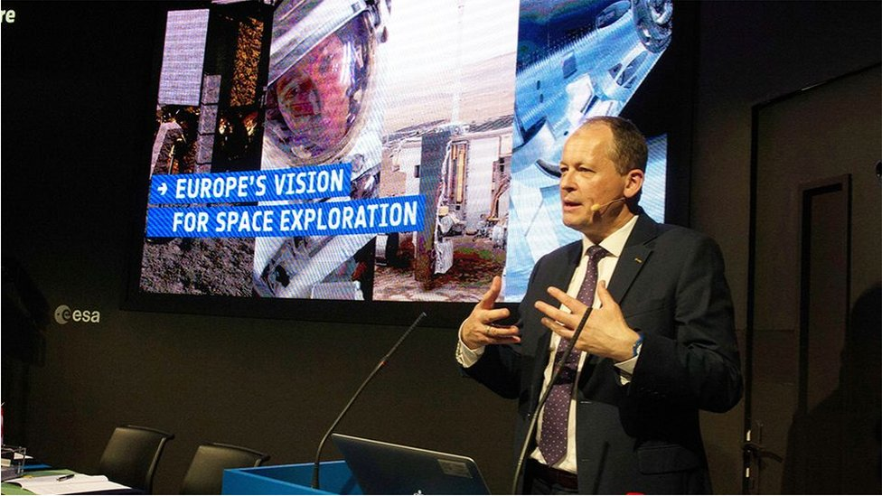 """Dr Parker: """"The objective"""" is to see European astronauts on the Moon's surface"""