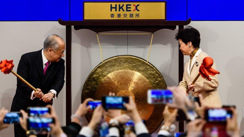 錯失阿里巴巴後,香港的IPO集資額連年下跌,由2015年全球第一,跌至2017年的第四