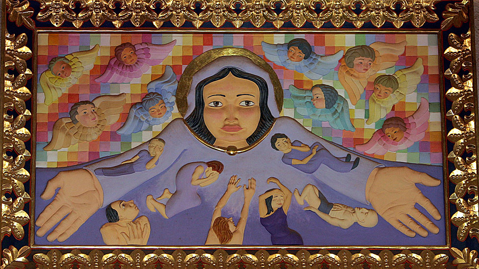 La Santísima Virgen tomada en la iglesia de las Misiones Jesuíticas en Concepción, Bolivia