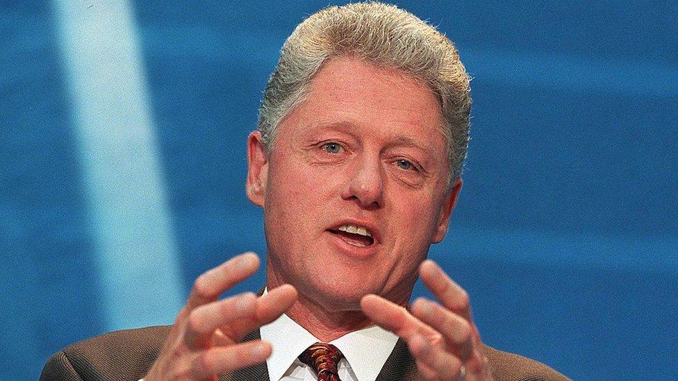 Bill Clinton, expresidente de Estados Unidos en una conferencia en Londres en mayo de 1998.