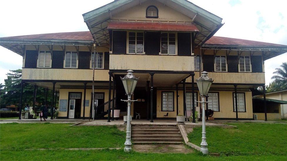 La antigua administración colonial británica operaba desde este edificio en Calabar