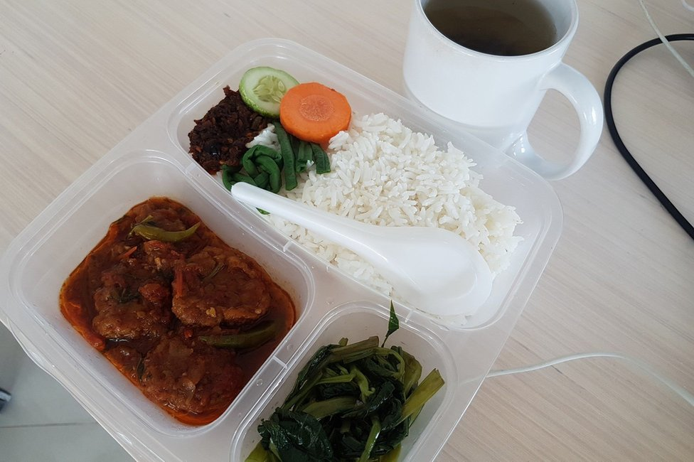 Home made meal for office workers