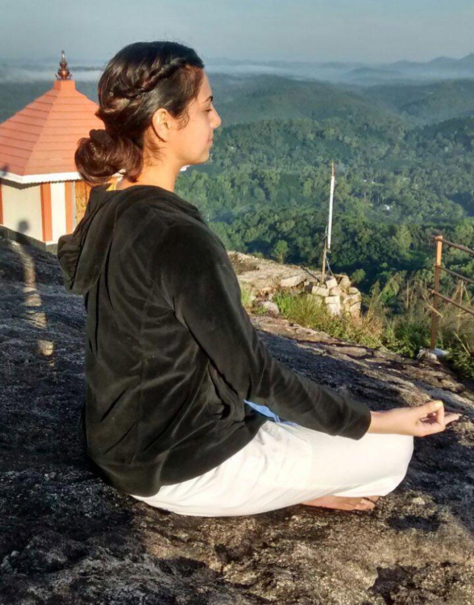 Ishleen en el ashram Sivananda de Kerala