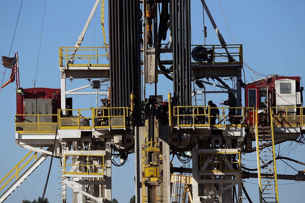 Teksas'da fracking ile petrol çıkarılan bir tesis