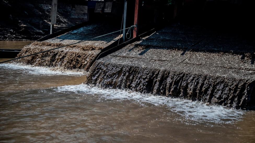 El dragado de los ríos es uno de los factores que está cambiando el nivel de las mareas.