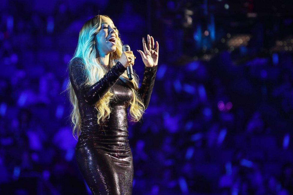 """La cantante Mariah Carey participó del """"Dia de los solteros"""" en 2018, el mayor evento de compras online de Alibaba."""