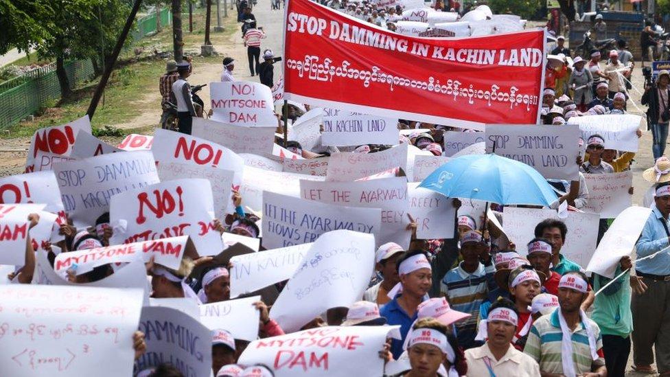 protestors against the dam in April 2019