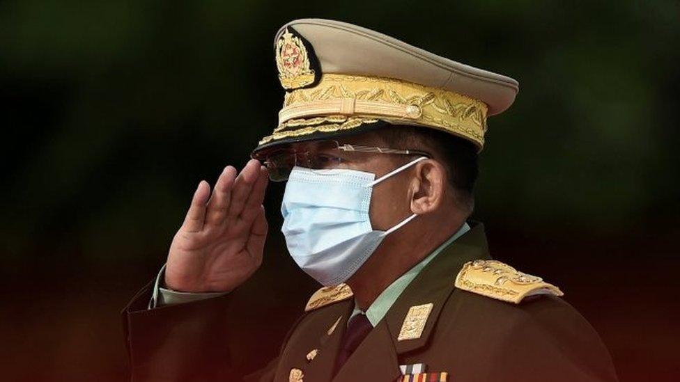 Jenderal Min Aung Haling adalah orang yang paling berkuasa di Myanmar.