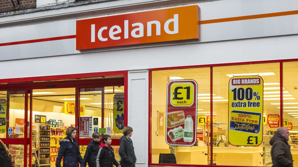 The outside of an Iceland supermarket