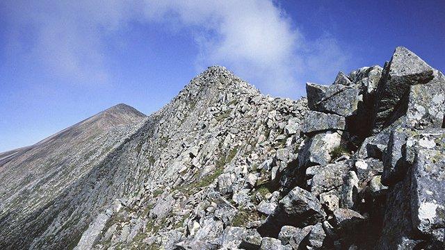 Walker dies in Highland mountain fall