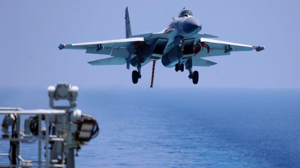 Biển Đông: Trung Quốc lại điều máy bay chiến đấu tới Hoàng Sa ...