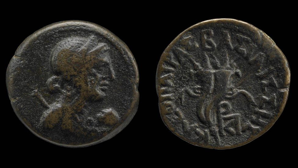 Coin with the image of Cleopatra