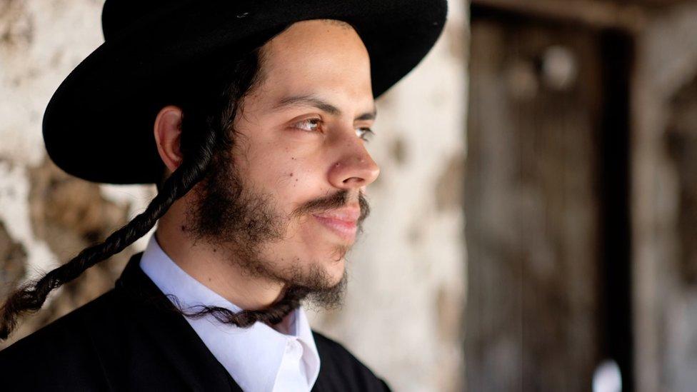 Miembro Lev Tahor.