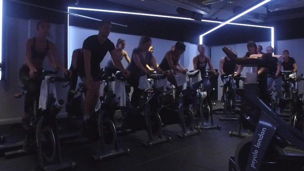 London millennials shunning the pub for the gym