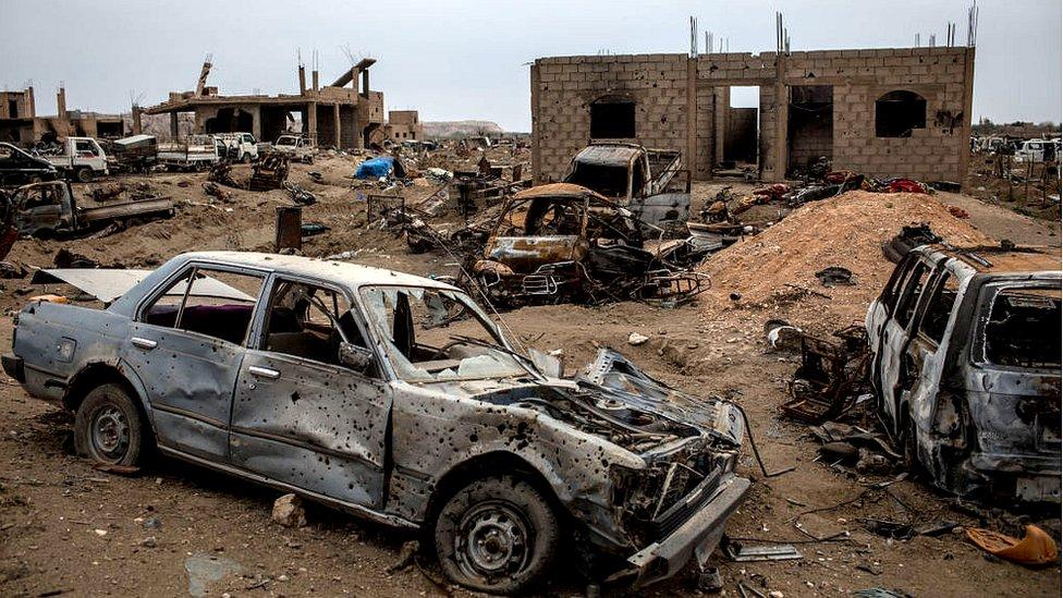 Escombros tras el ataque kurdo contra Baghouz