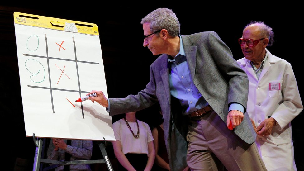 """Nobel Laureates Eric Maskin and Dudley Herschbach play """"Tick-Tac-Toe"""""""
