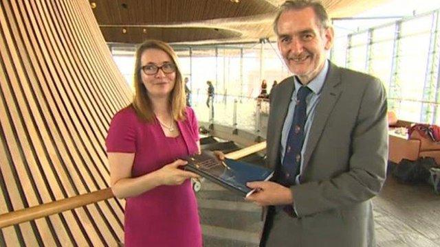 Sir Ian Diamond and Kirsty Williams