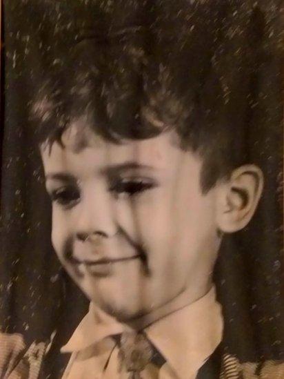 Juan Eduardo Montiveros de niño.