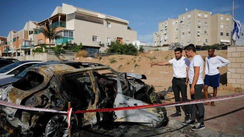 موضع سقوط صاروخ في عسقلان