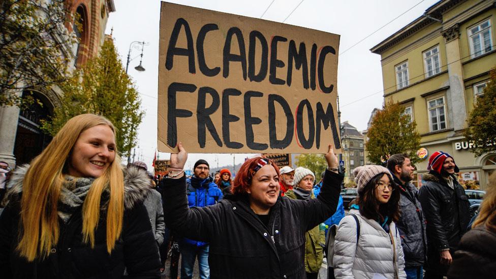 protest o akademskim slobodama