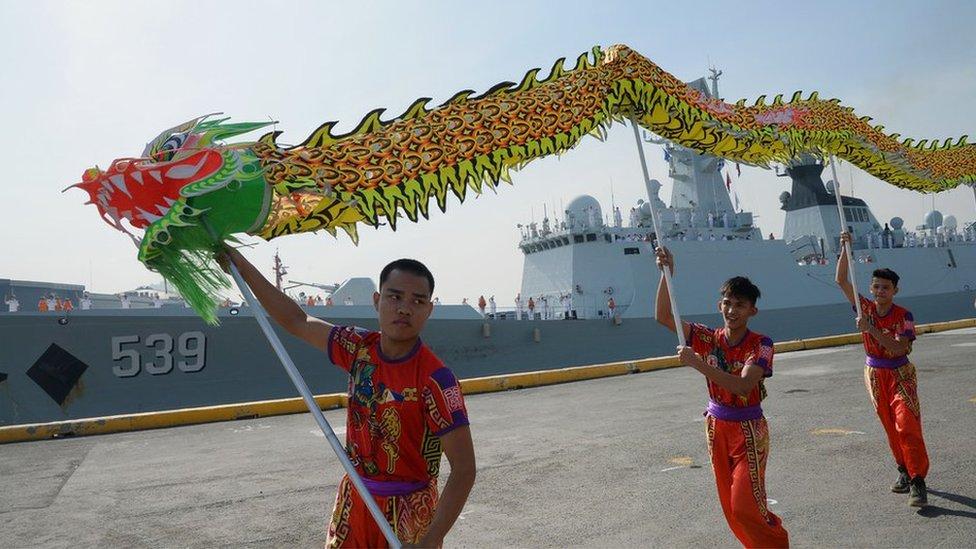 兩國加強了軍事交流。