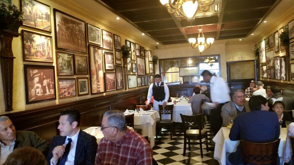 El interior del restaurante Caesar's