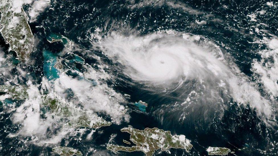Imagen satelital del huracán Dorian.