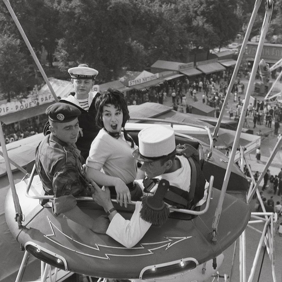 1960年,遊樂場,一女三男