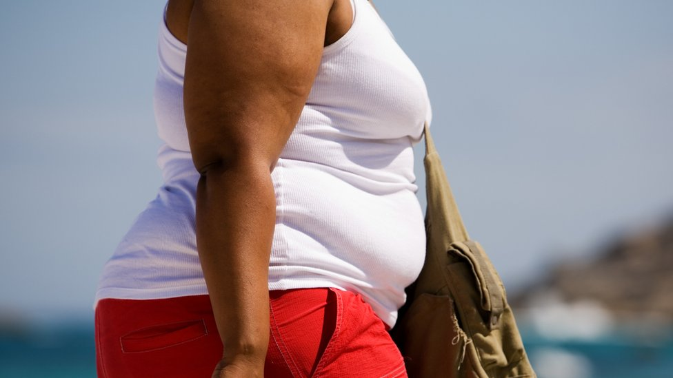 Breast cancer tumours 'larger' in overweight women