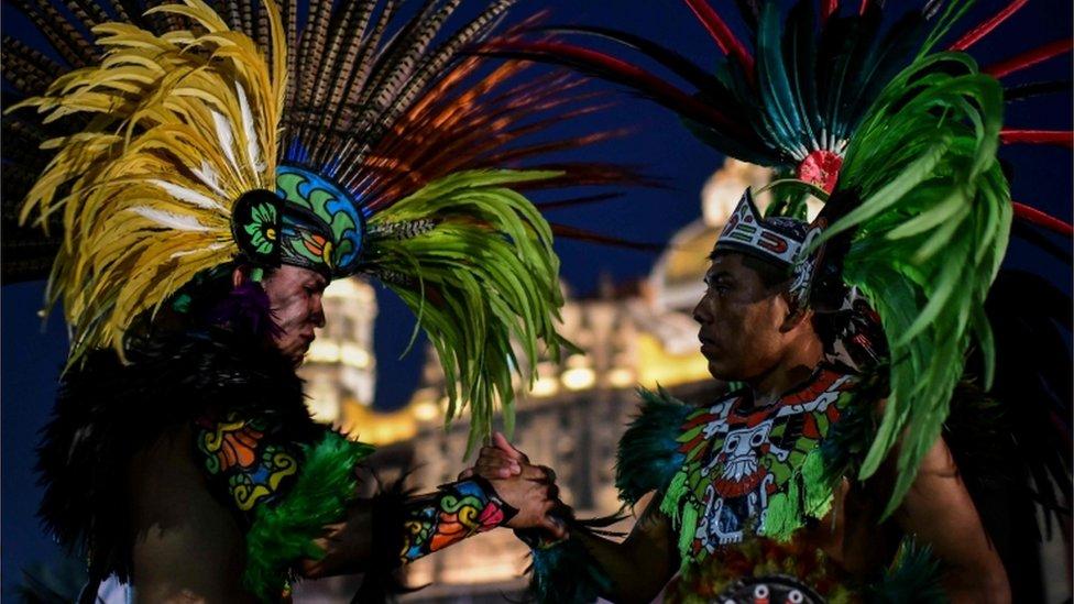 У Мексиці відзначили день Діви Марії Гваделупської - фото