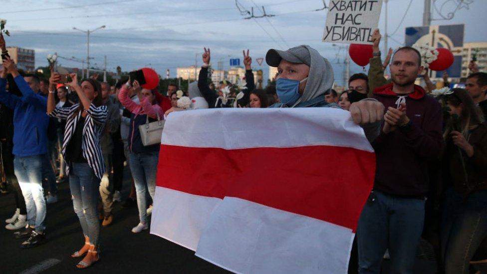 Протесты в Беларуси: забастовки и обещание освободить задержанных из Жодино