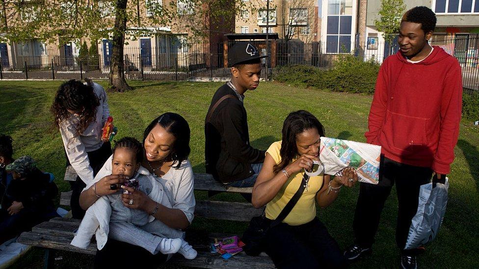 İngiltere'de her iki siyah aileden biri yoksul