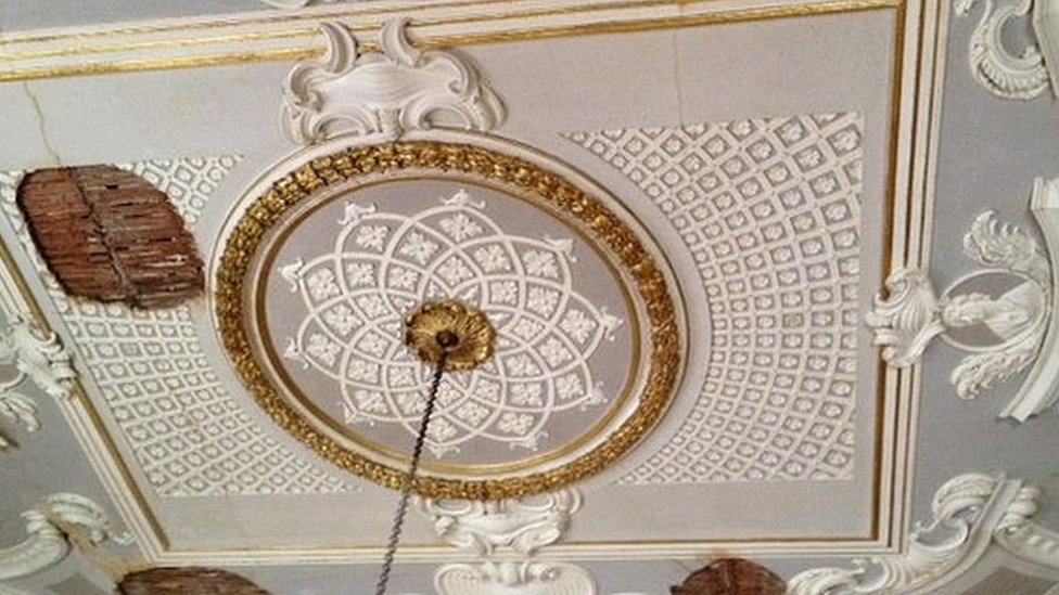 Speakers' Parlour ceiling