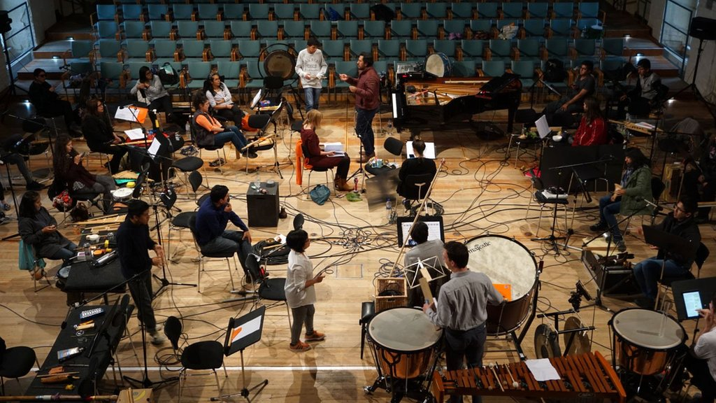 Orquesta Experimental de Instrumentos Nativos rehearsing in the guest house of Rheinsberg Palace