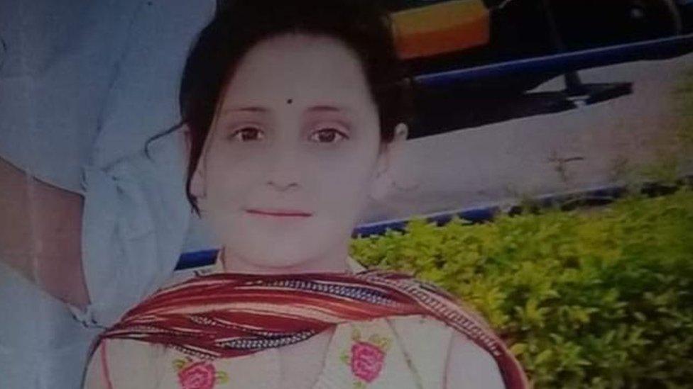 पाकिस्तान : बच्ची की मौत को लेकर आक्रोश