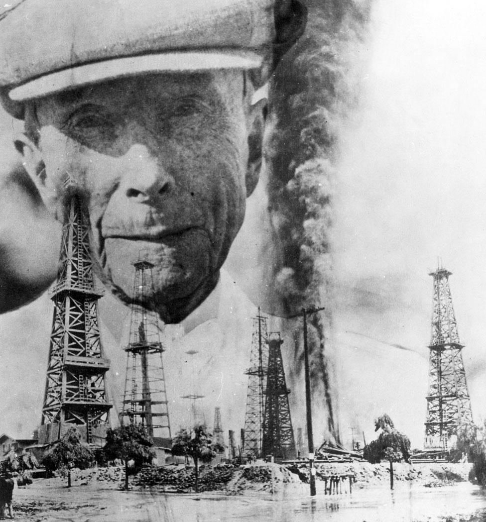 NO USAR. BBC. Imagen de Rockefeller detrás de pozos de petróleo