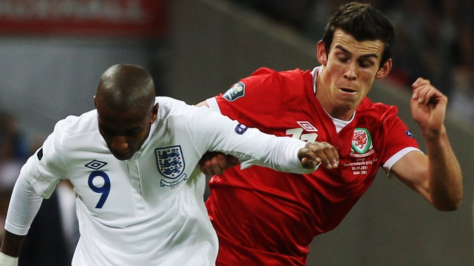 Ashley Young a Gareth Bale